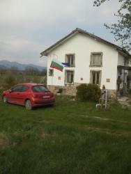 House Keranov, Kraina Street, 4182, Belovitsa