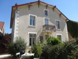 Chez Louis le Jardin, 13 rue Louis Courtot de Cissey, 21190, Merceuil