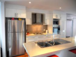 Home On Torrens, 9 Torrens Street, Kingscote, Kangaroo Island, 5223, キングスコート