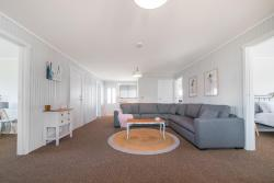 Bridport Holiday House, 90 Richard Street, Bridport, Tasmania, 7262, Bridport
