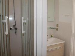 Apartment À Deux Pas Du Port De Plaisance, 37 Rue Henri Perrault Rés. Les Hauts Du Fontaulé Appt N° H 25, 66650, Banyuls-sur-Mer