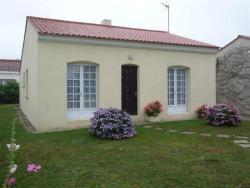 Villa Rue Croix Blanche Avec Jardin Clos, 130 B Rue De La Croix Blanche, 85180, Château-d'Olonne