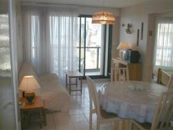 Apartment Avec Jolie Vue Sur Mer, 4, Place De Strasbourg Rés.'Saint Pierre' -3ème Étage, 85100, La Rudelière