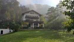 Villa Bergkristall, Walchenseestraße 33, 82438, Eschenlohe
