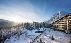Interalpen-Hotel Tyrol GmbH, Dr.-Hans-Liebherr-Alpenstraße 1, 6410, Бухен
