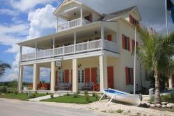 The Sandpiper Inn, #9/10 Bay St.,, Schooner Bay
