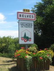 Le Madelon, 7 Place De La Croix Des Frères, 24170, Belvès
