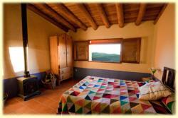 El Nido de La Collalba, Estrecha n 2, 10373, Cabañas del Castillo