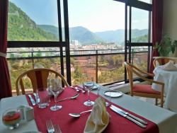 Jura Hotel Restaurant Le Panoramic, 40 avenue de la Gare, 39200, Saint-Claude