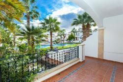 Violeta bungalow, Avenida de las Brisas s/n 372, 03189, Villacosta