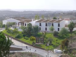 Posada Los Pedregales, Grupos Escolares, 2, 21594, El Granado