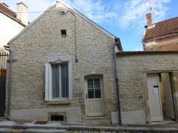 Maison De Vacances - Ancy-Le-Franc,  89160, Ancy-le-Franc