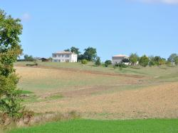 Holiday Home Manoir Tissac,  82110, Cazes-Mondenard