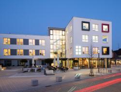 Logis First Class Business Suites, Bahnhofstr. 18, 71272, Renningen