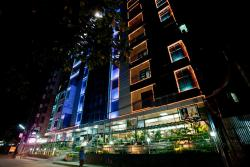 Well Park Residence Boutique Hotel & Suites, Plot # 02, Road # 01, O.R. Nizam Road, Chittagong, 4000, チッタゴン