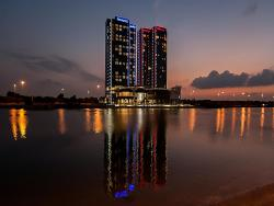 Ibis Abu Dhabi Gate, Road 34, Bain Al Jessrain, PO 92156, Abu Dhabi