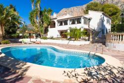 Villa la Montaña, Carrer del Cabeso 36, 03730, Montgo