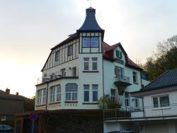 Kurhaus Trifels-Gästehaus Villa Waldfrieden, Waldfriedenstraße 8, 76855, Annweiler am Trifels