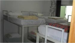 Albergue Goiânia Hostel 1 São João, Rua dos Benjamins, quadra 31 Lote 5 casa 1 - Vila Alzira, 74913-210, Aparecida de Goiania