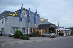 Hotel Merkur, Am Koehlwäldchen 11, 66877, Landstuhl