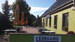 Restaurant & Pension Zum Flieger, Kossow Krug 3a, 18299, Kossow