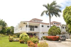Nature Bliss - Lifestyle Center, 1059 South Berlin Ave,, Montego Bay