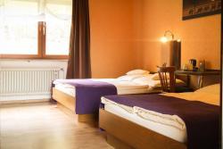 Hotel Waldlust B&B, Fronberger Strasse 10, 92421, Schwandorf in Bayern