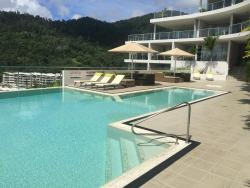 Luxury Penthouse Searene, 25/18 Seaview Drive, 4802, Airlie Beach