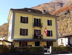Castello Osteria & Pizzeria, Via Strada Vecchia 10, 6675, Cevio