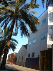 Hotel Blauet, Avenida Onze de setembre, 156, 08820, El Prat de Llobregat
