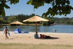 Camping Le Lac des Varennes, Route Port Gautier, 72340, Marçon