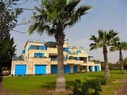Desiray Beach Apartment, Oceanias Street Olympia Breeze No C2, 3300, Governors Beach