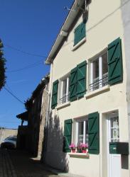Holiday Home Rue Casse Cou, 1 Rue Casse Cou, 16500, Confolens
