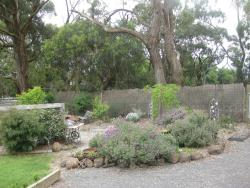 Honeyeater Cottage, 40 Old Beenak Road, Yellingbo, 3139, Seville