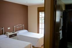 Hotel Restaurante La Braña, Parcela 56, La Raya, 33688, San Isidro