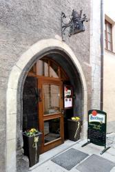 Hotel Koruna Prachatice, Velké Náměstí  48, 38301, Prachatice