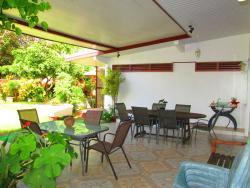 Inaiti Lodge, Pk 3.2 Servitude Marcillac, 98713, Pirae
