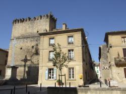 Bize de la Tour, 2, Place du Portail, 30210, Remoulins