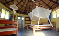 Pariango Beach Motel, Bairro Josina Machel - Pousada Direção Provencial de juventude e desporto, 1308, Praia do Tofo
