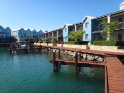 Quest Mandurah, 20 Apollo Place, 6210, 曼哲拉