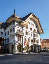Hotel Landhaus, Dorfstrasse 74, 3792, Saanen