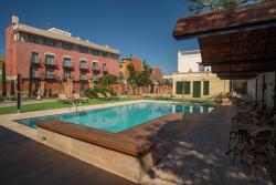Apartaments Suites Sant Jordi, Avinguda de Sant Jordi, 29, 43340, Montbrió del Camp