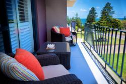 Cottesloe Parkside Apartment, Napier Street, 6011, Cottesloe