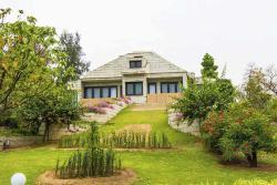 V Resorts Delhi Farms, 2 Seesham Lane, Dera -Mandi Link Road Mehrauli,, 110030, Dera Māndi