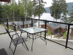 Pair-A-Dice Cottage, #63 Baird Rd, V0S 1K0, Port Renfrew