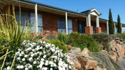 Lazy Days Estate Farmstay B & B, 43 Axedale Goornong Road, Axedale, 3551, Axedale