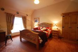 The Farmhouse, Llwyn-y-Gwaew Farm, Llanbedr-y-Cennin, LL32 8UT, Llanbedr-y-cennin