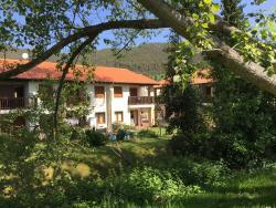 Apartamentos Rurales La Fuente, Pesues s/n, 39548, Pesués