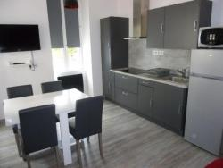 Rental Apartment N°6 Residence La Poste, 1 Rue Gaspard Astrie, 09110, Ax-les-Thermes