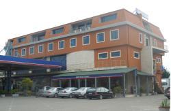 Juko Petrol, Ishull Shengjin, 4001, Lezhë